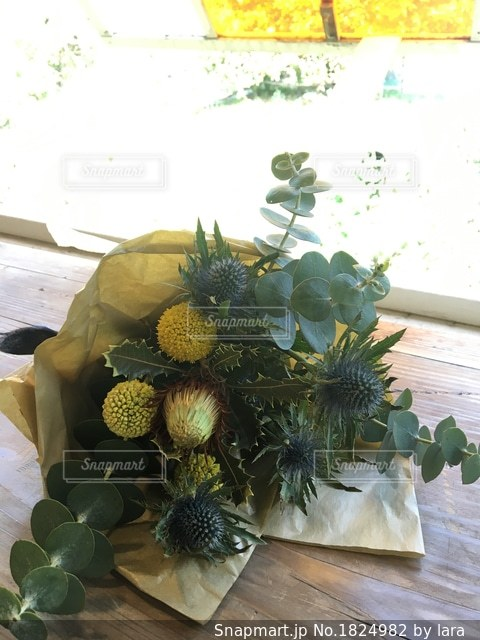 黄色い花束の写真・画像素材[1824982]