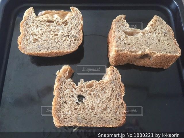 食パンの写真・画像素材[1880221]