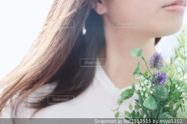 女性の髪の毛の写真・画像素材[2313515]