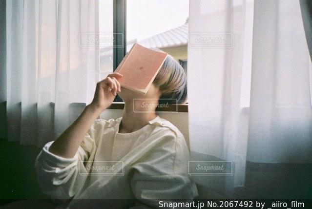本の写真・画像素材[2067492]