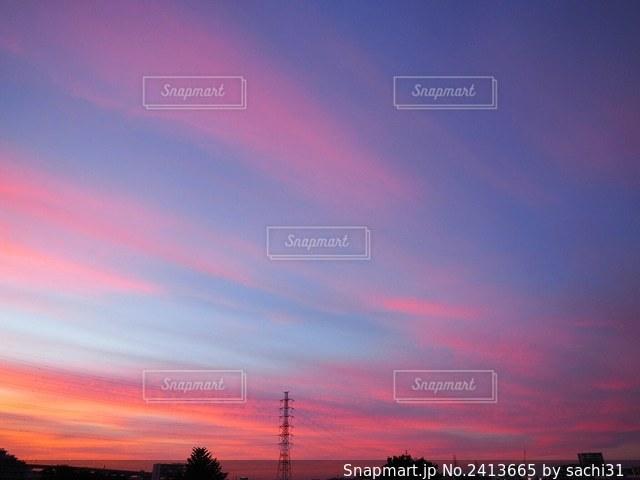 一瞬の空模様の写真・画像素材[2413665]