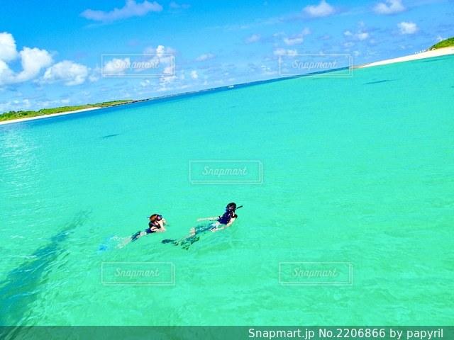 西表島 綺麗すぎる海の写真・画像素材[2206866]
