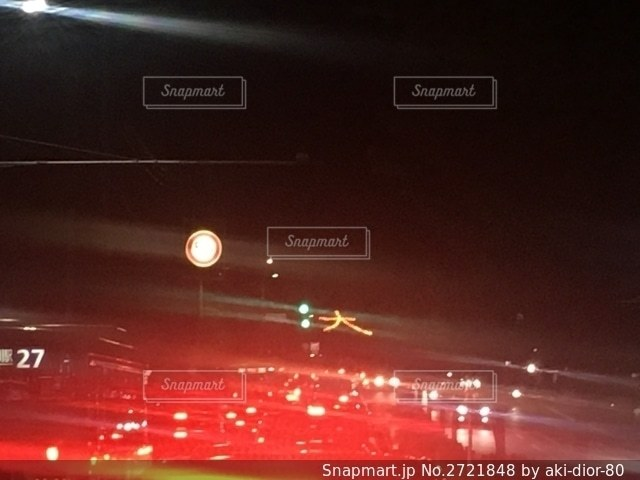 夜の街の眺めの写真・画像素材[2721848]