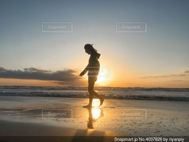 伊豆で撮った日の出の写真・画像素材[4037826]