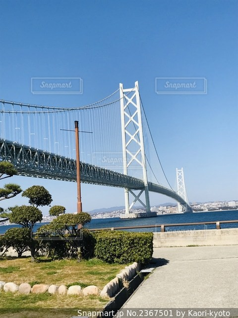 水域に架かる橋の写真・画像素材[2367501]