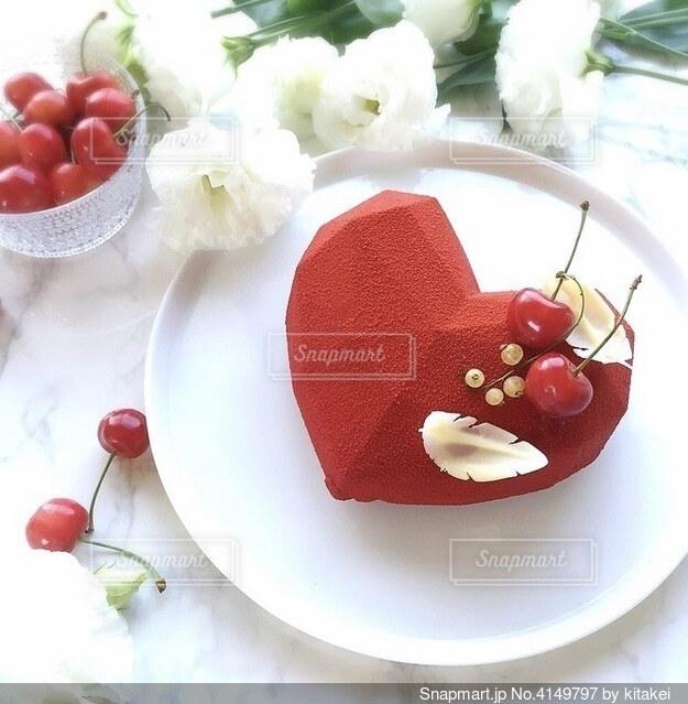 バレンタイン用チョコムースケーキの写真・画像素材[4149797]