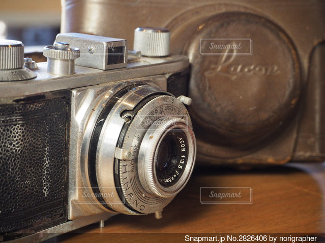 オールドフィルムカメラの写真・画像素材[2826406]