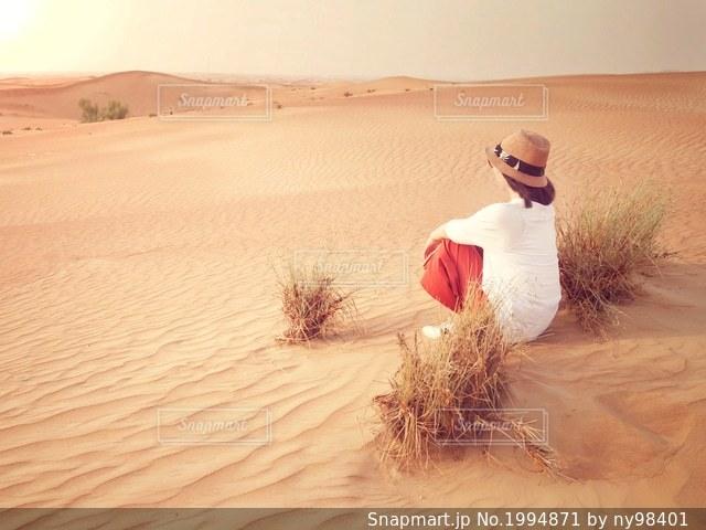 砂漠の夕暮れの写真・画像素材[1994871]