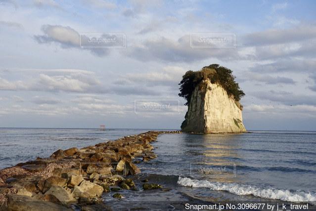 能登半島の軍艦島の写真・画像素材[3096677]