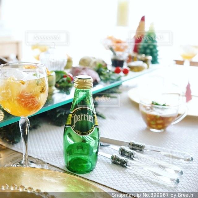 ペリエでクリスマスパーティーの写真・画像素材[899967]