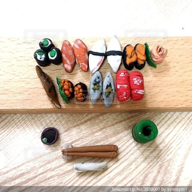 粘土で作ったお寿司の写真・画像素材[3939001]