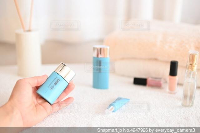 歯ブラシを持つ手の写真・画像素材[4247926]