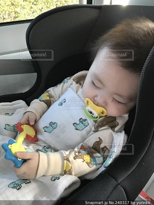 子どもの写真・画像素材[240317]