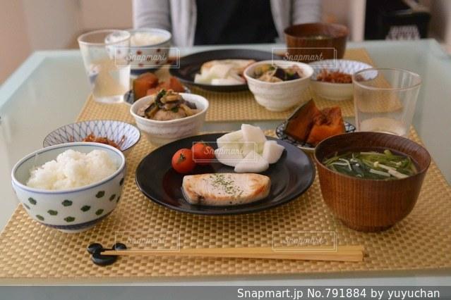 夫婦の夕食の写真・画像素材[791884]