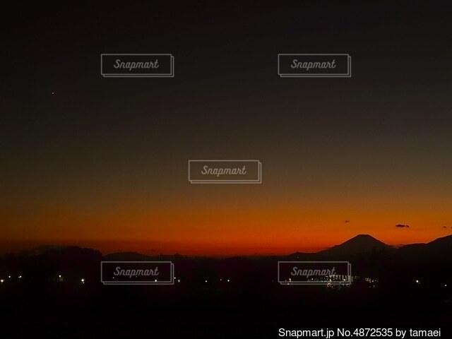 富士山と夕焼けの写真・画像素材[4872535]