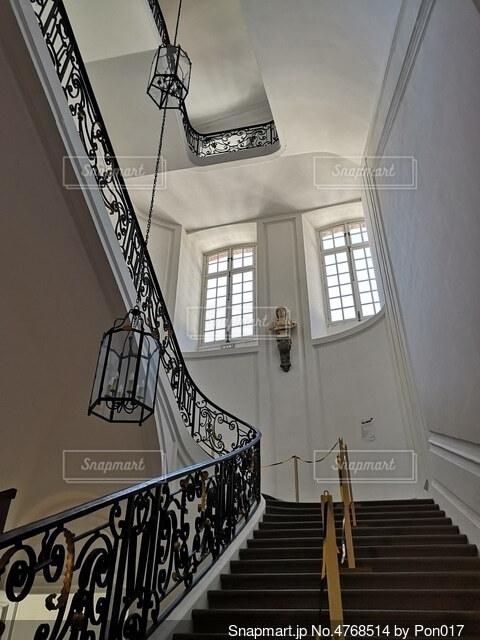 ヨーロッパの階段の写真・画像素材[4768514]