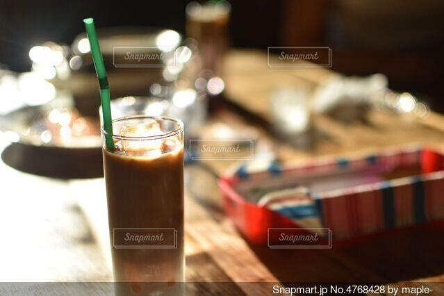 食後のアイスコーヒーの写真・画像素材[4768428]