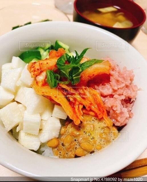 バクダン丼の写真・画像素材[4788092]