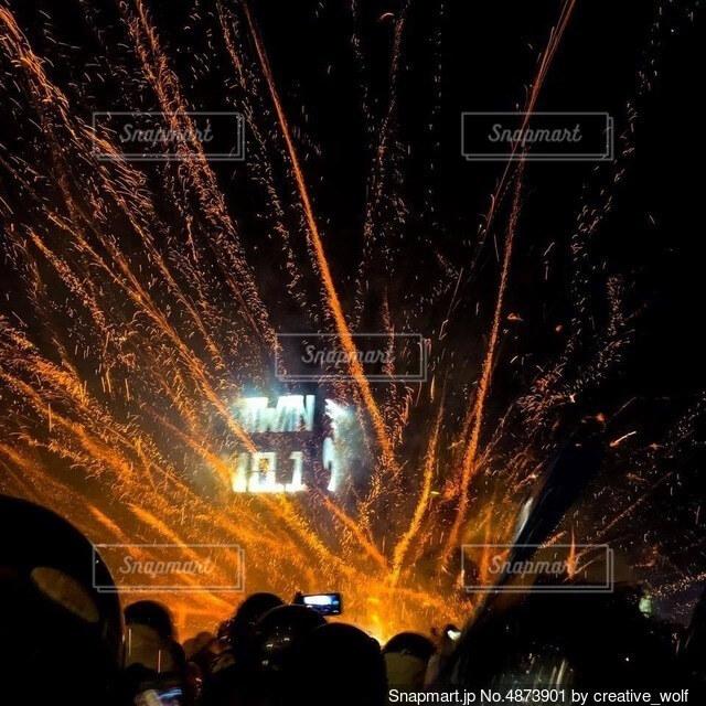 春節の爆竹祭りの写真・画像素材[4873901]