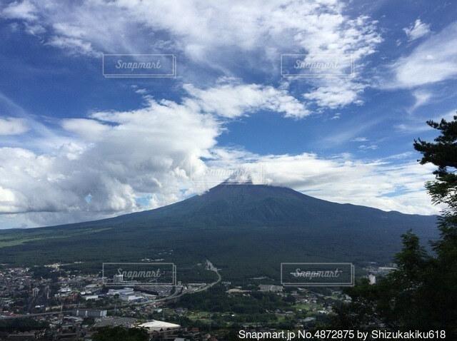 カチカチ山から見た富士山の写真・画像素材[4872875]