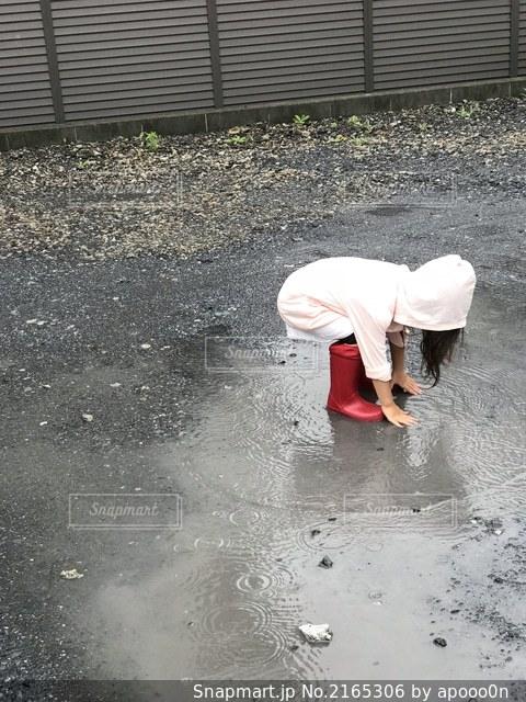 雨の日の写真・画像素材[2165306]