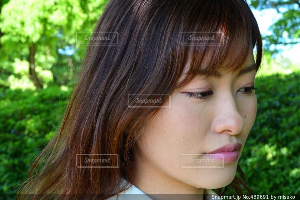 女性の写真・画像素材[489691]