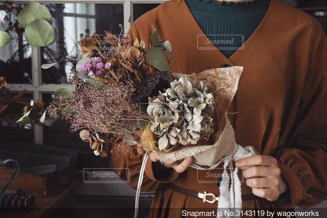 ドライフラワーの花束の写真・画像素材[3143119]