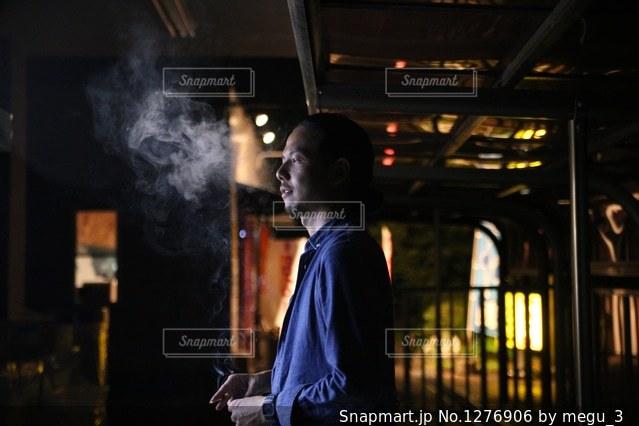 タバコを吸う人🚬の写真・画像素材[1276906]