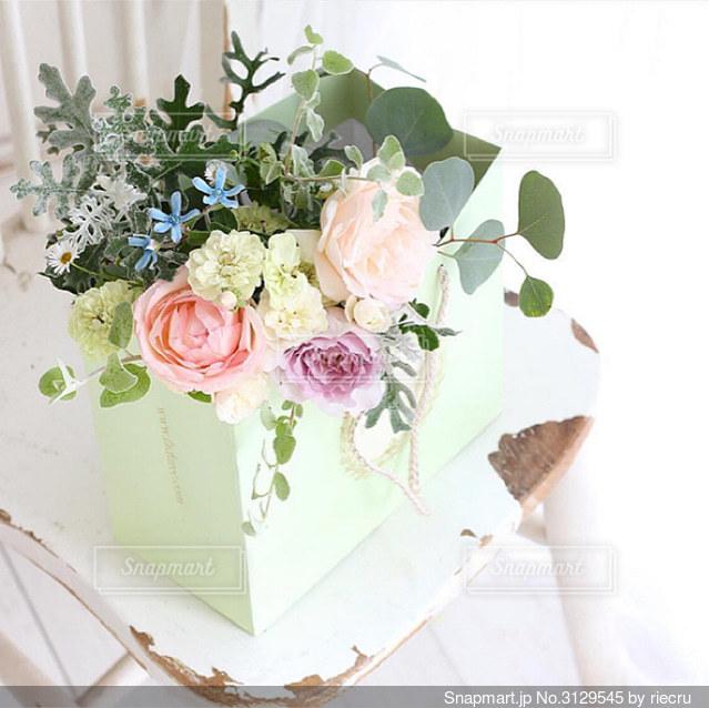 庭花だけでブーケをの写真・画像素材[3129545]