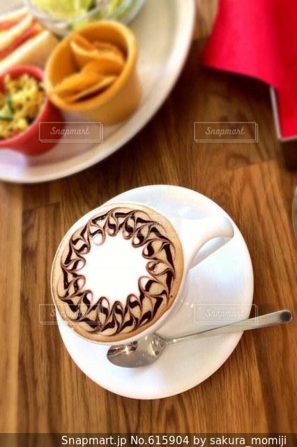 カフェの写真・画像素材[615904]