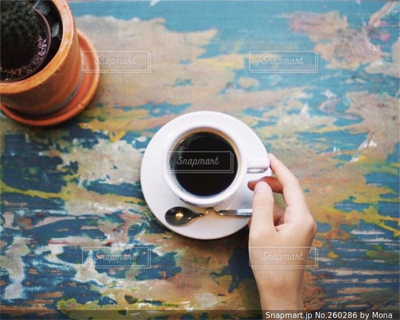 カフェでコーヒーの写真・画像素材[260286]