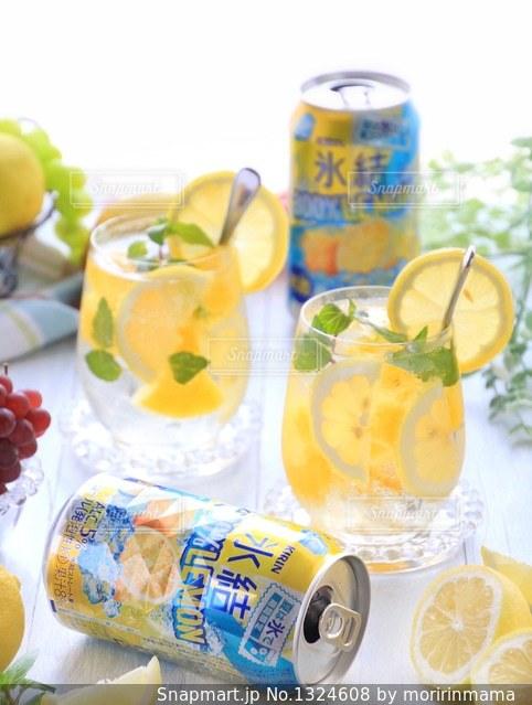 氷結 レモンの写真・画像素材[1324608]