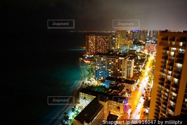 夜の街の景色 - No.916047