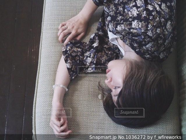 俯瞰な寝床の写真・画像素材[1036272]