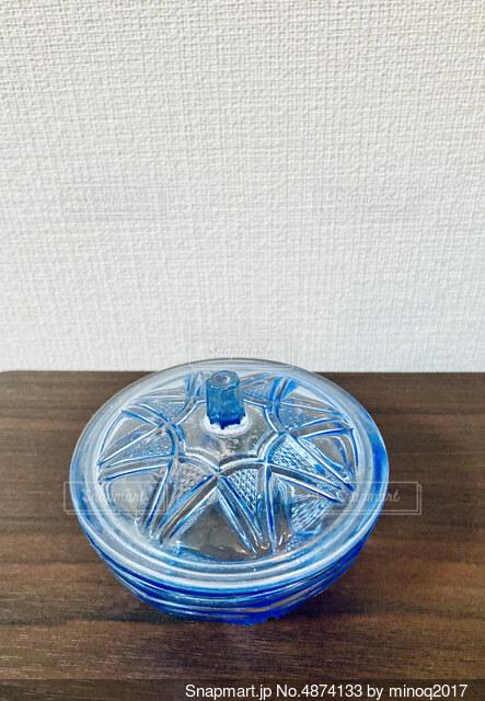 蓋つきガラスの器【昭和レトロ】の写真・画像素材[4874133]