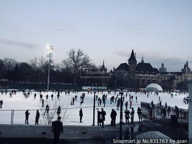 ハンガリー ブダペスト スケートの様子♪の写真・画像素材[831763]