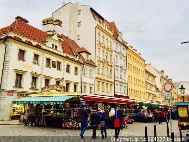 チェコ プラハのマーケット♪の写真・画像素材[894027]
