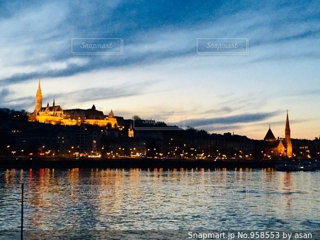 世界遺産 ハンガリー ブダペストの夕焼け♪の写真・画像素材[958553]