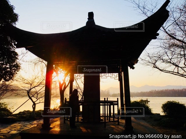 世界遺産の湖、中国 杭州の西湖にて♪の写真・画像素材[966600]