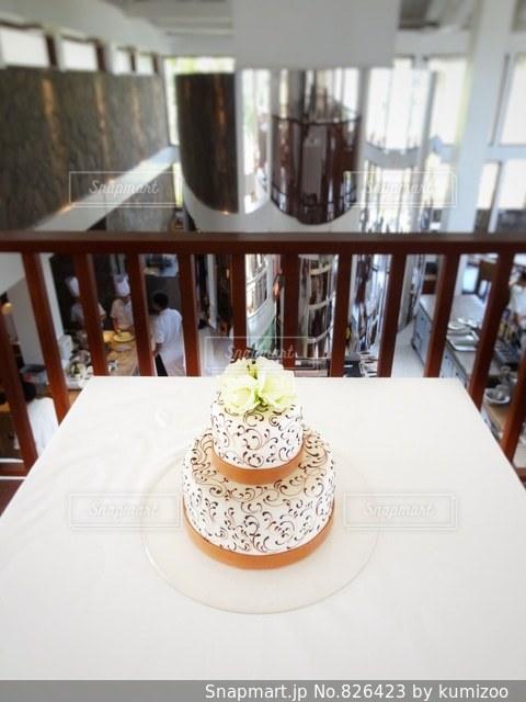 2段のウェディングケーキの写真・画像素材[826423]