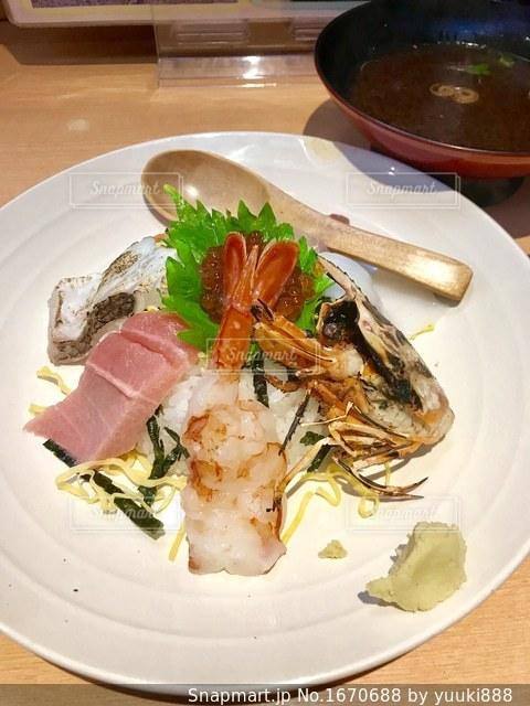 海鮮丼の写真・画像素材[1670688]