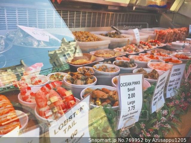 食品の束が展示 - No.769952