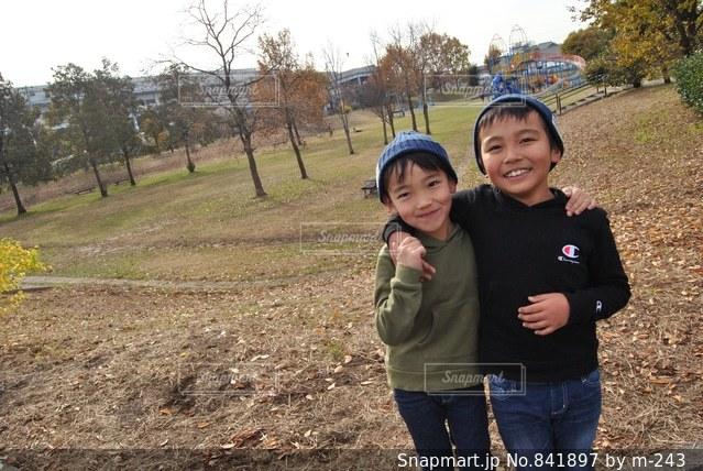 仲良し兄弟の写真・画像素材[841897]