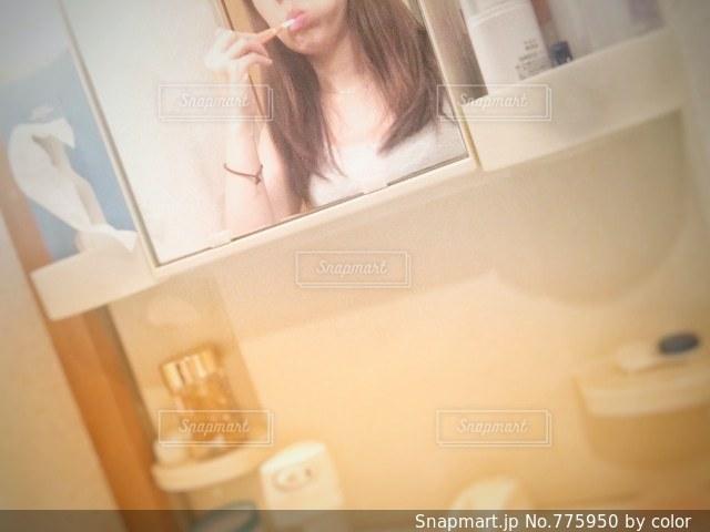 歯磨き中の写真・画像素材[775950]