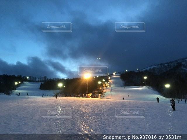 ナイター前のスキー場 in夏油 - No.937016