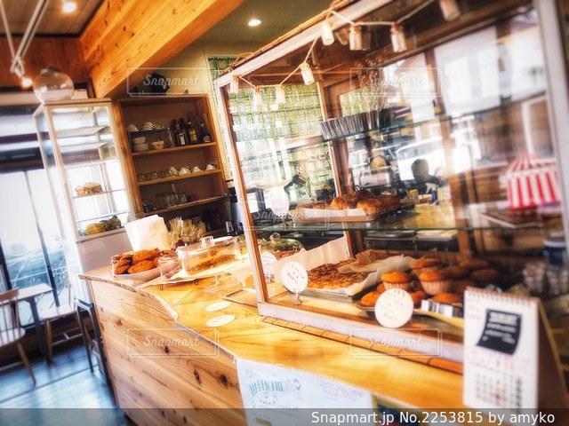 カフェ店内の写真・画像素材[2253815]