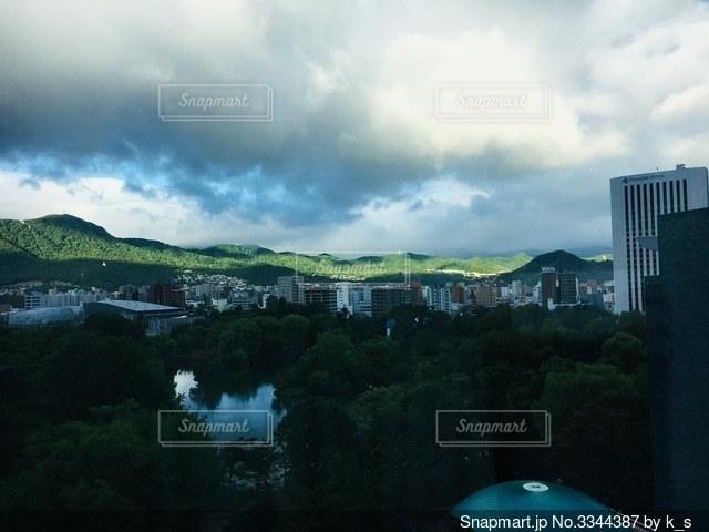 窓からの風景の写真・画像素材[3344387]