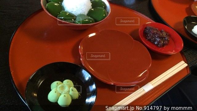 抹茶のわらび餅の写真・画像素材[914797]