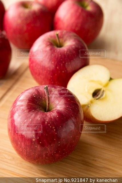 りんごの写真・画像素材[921847]
