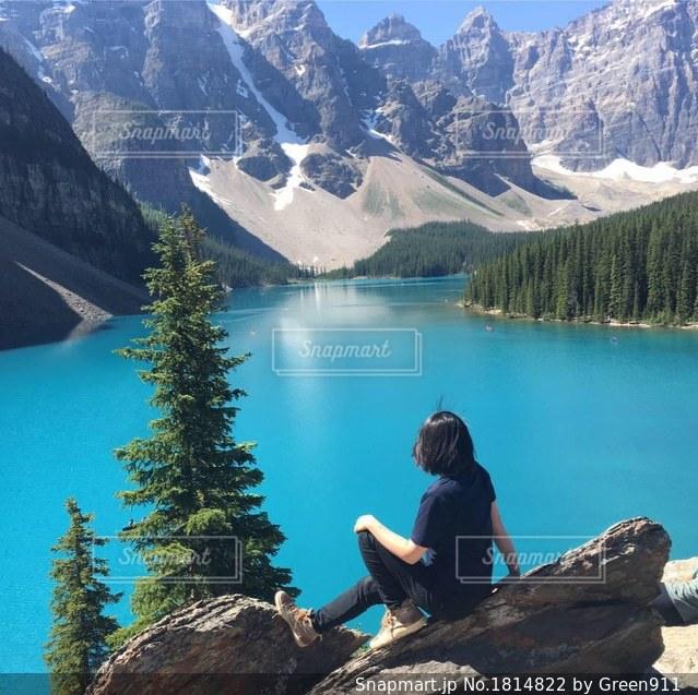 青い湖、青い空の写真・画像素材[1814822]
